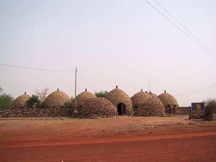 Mali: malaria labs